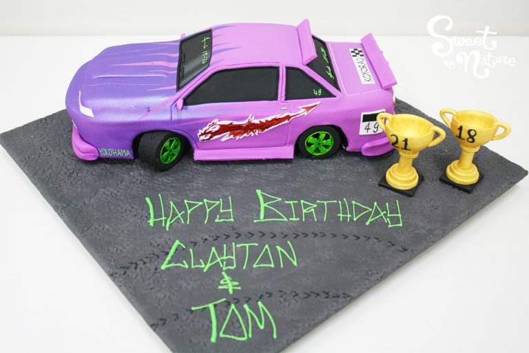 Novelty drift car cake