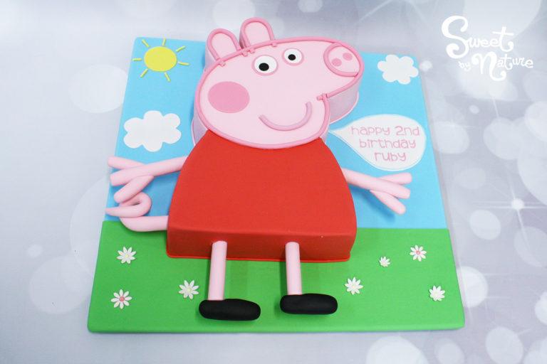 3D Peppa Pig Birthday Cake