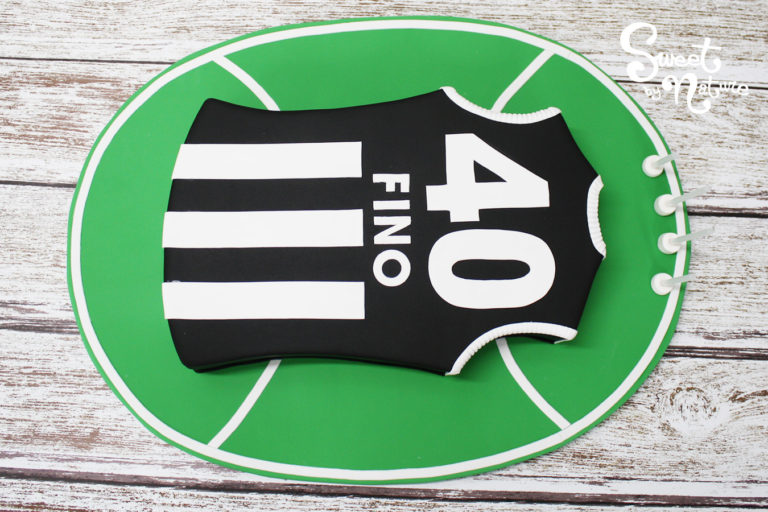 Novelty AFL Football Collingwood Magpies jersey cake